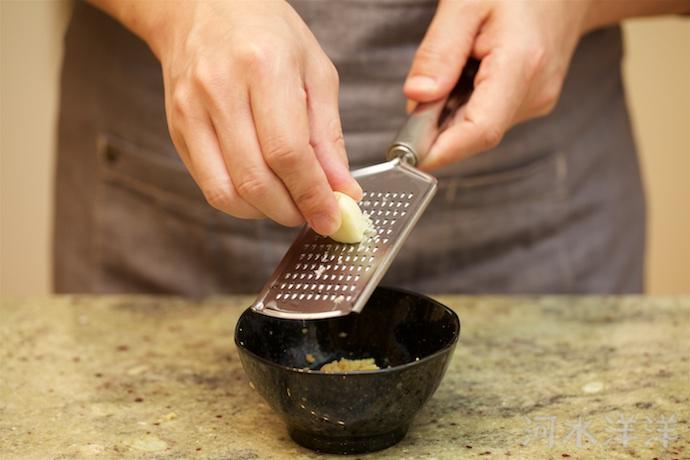 Ginger Garlic Water step2