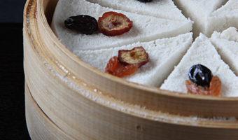 Korean White Steamed Rice Cakes