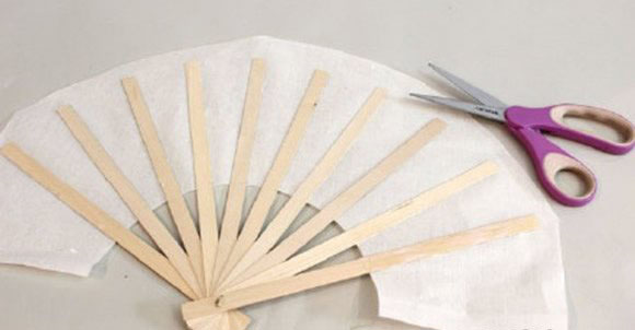Make a Paper Fan step10