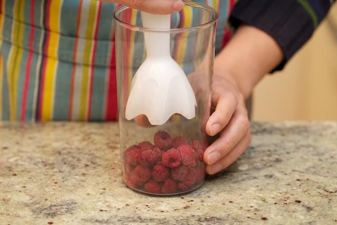 Raspberry Mousse Cake step4