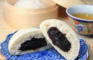 Red Bean Buns – Simple Chinese Bread