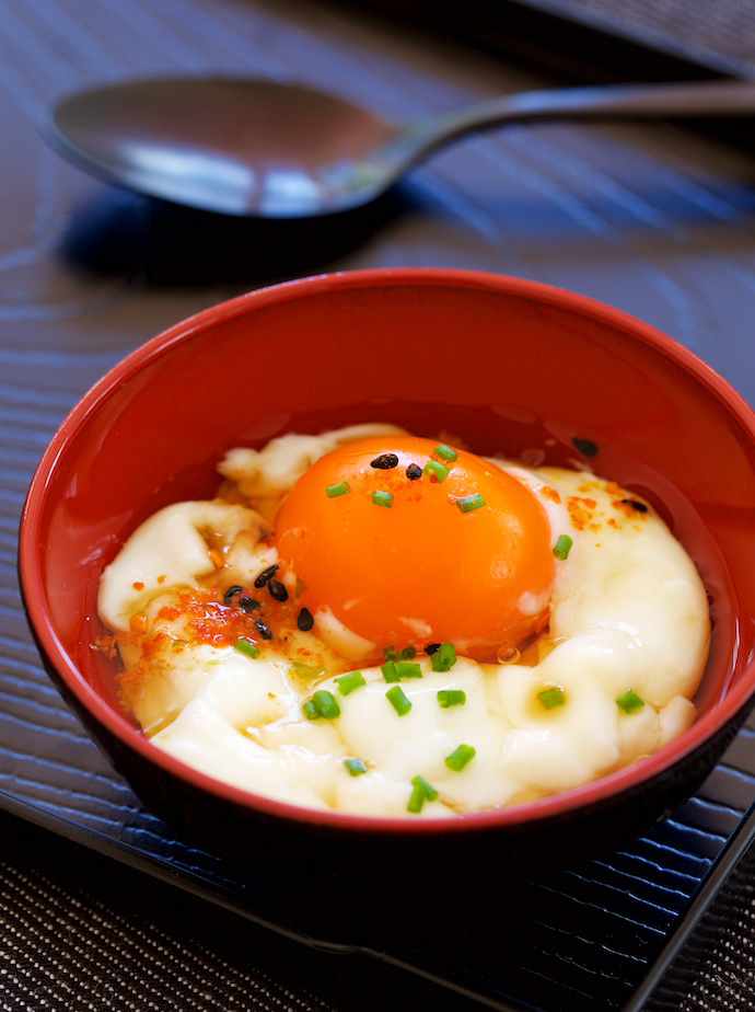 Onsen tamago japanese hot spring eggs yum of china the prerequisite is that the cooking temperature must be 70 degrees celsius in japan some hot springs temperature is only 65 degrees celsius meaning poor ccuart Images