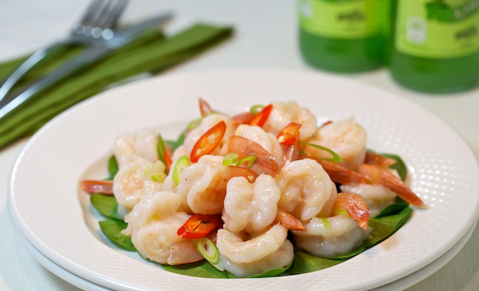 Tender and Glossy Garlic Shrimp