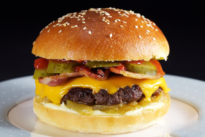 The Perfect American Cheeseburger
