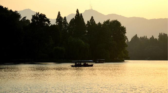 beautiful scenery surrounding West Lake6