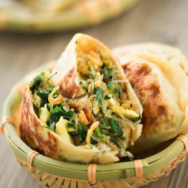 Chinese Chive Pancake (Jiucai Hezi)