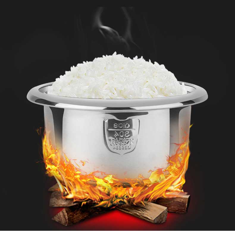 Rice in Stainless Steel rice pot