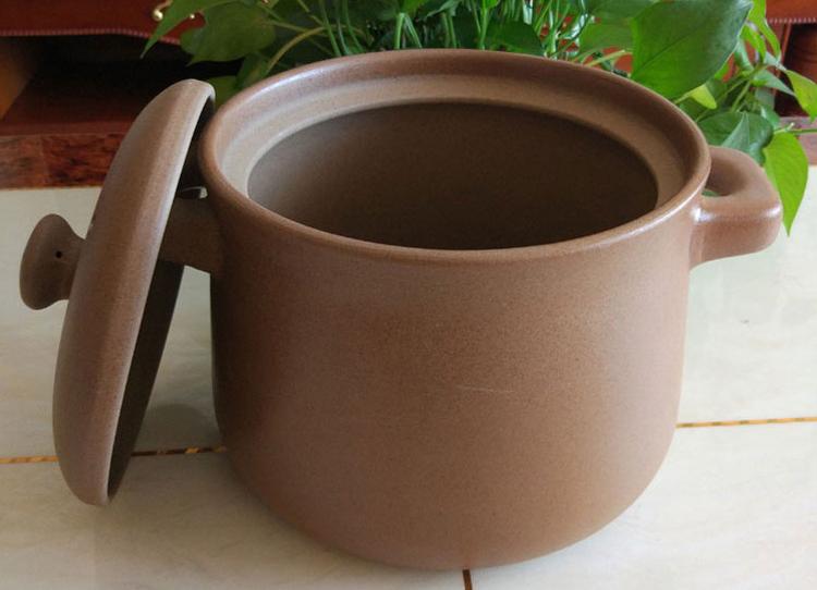 Unglazed Clay Pot.