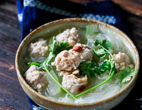 Winter Melon Soup with Meatballs