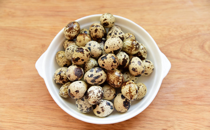 How To Bake Quail Egg step1