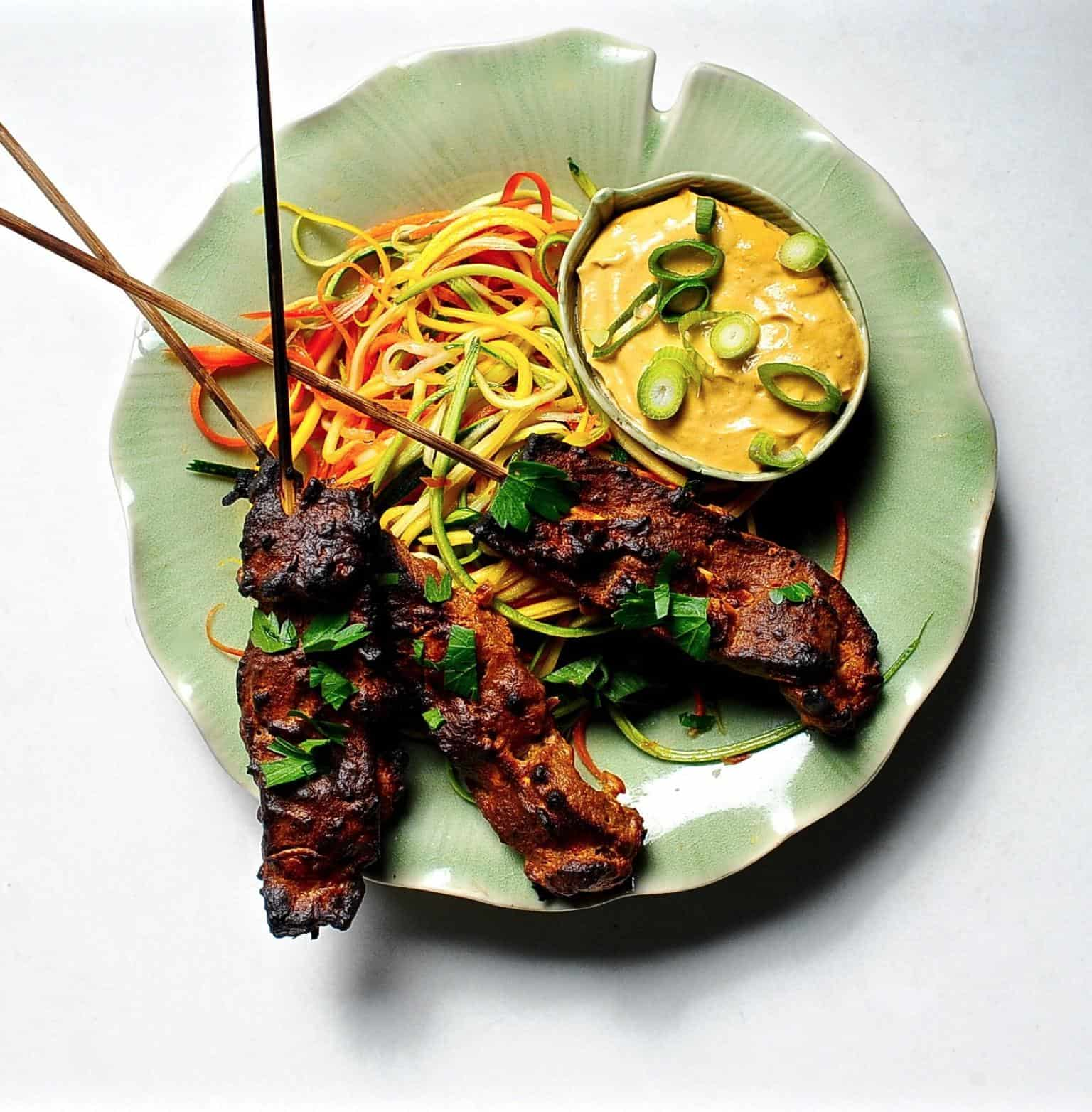 Vegan satay with spicy peanut sauce