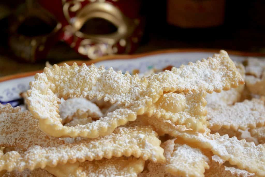 Frappe Italian Bore Tie Cookies
