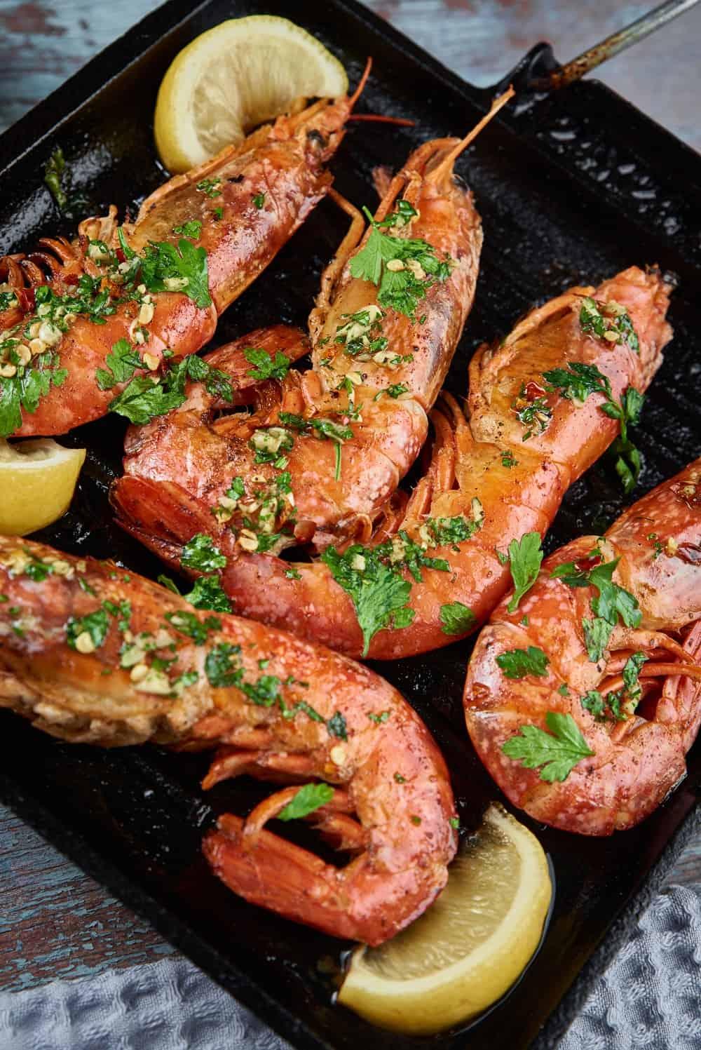 Grilled large shrimps