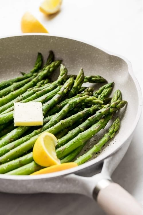 Quick and Easy Steamed Asparagus
