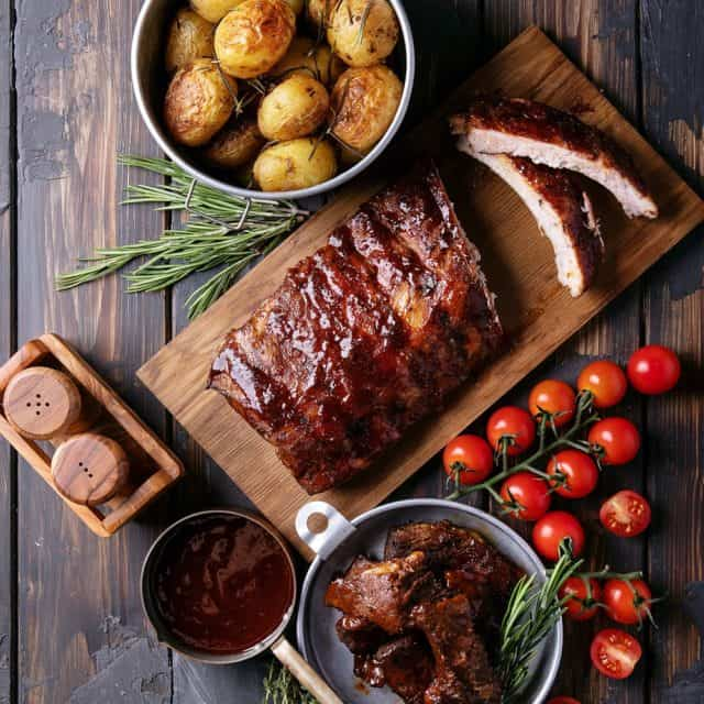 Serve Ribs with barbecue sauce
