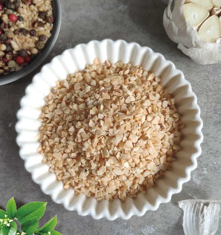 granulated garlic2