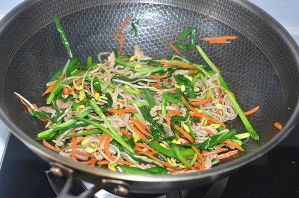 how to make chinese spring rolls step13