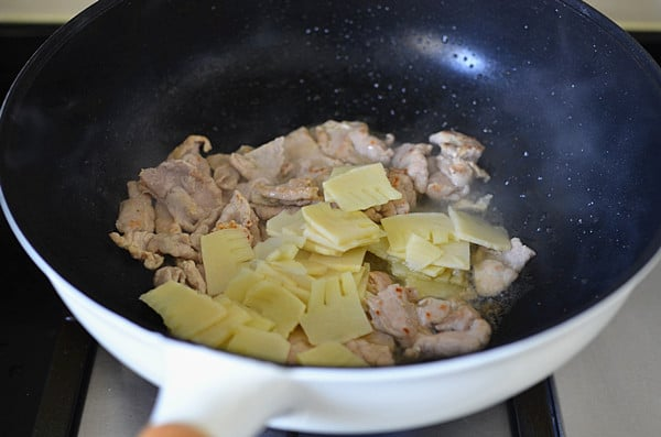 pork with bamboo shoot step8