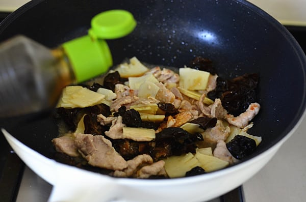 pork with bamboo shoot step9