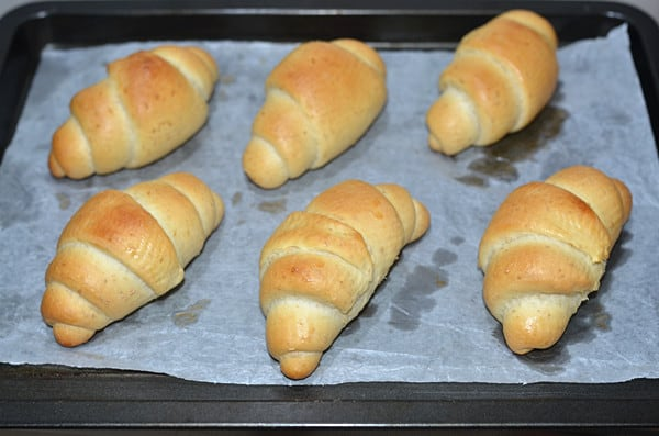 whole wheat roll step13